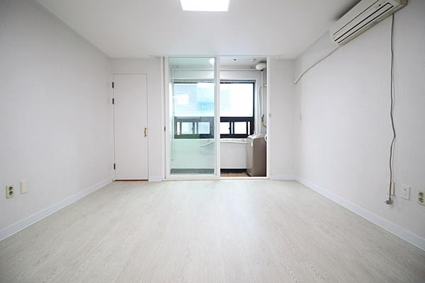 권선동1015-7 월드오피스텔 505호 오픈형원룸 (8).JPG