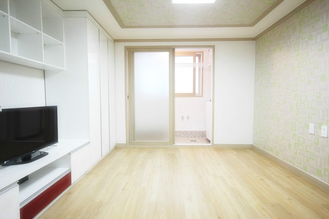 권선동1030-8 한울빌 306호 분리형원룸 베란다 (1).JPG